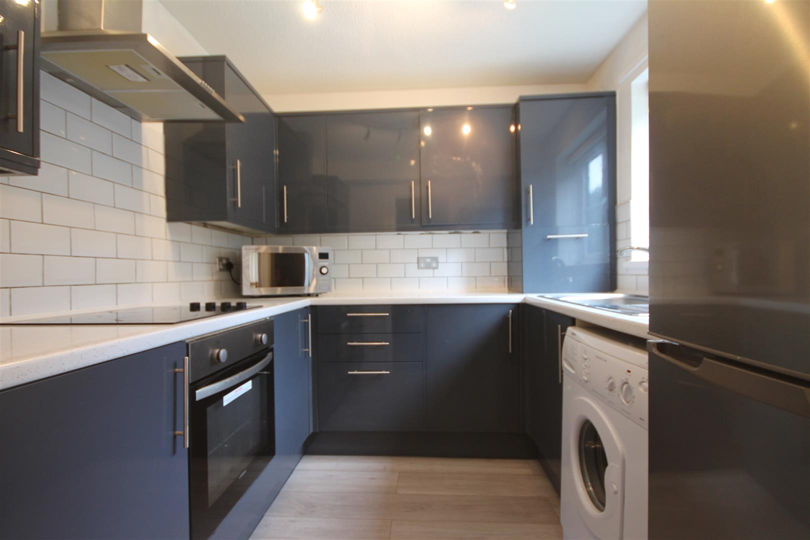 Ashtree House Newcastle Upon Tyne, 2 Bedrooms  Apartment ,To Let